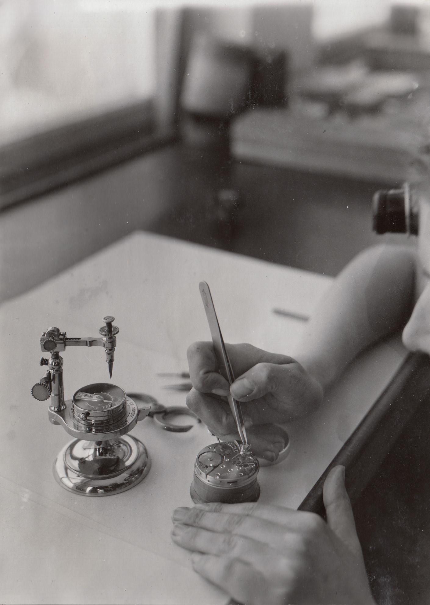 1934 - Tissot Watchmaker